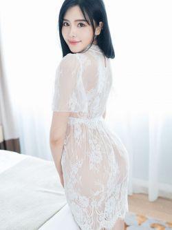 150p人体_丰润的美模王荣04年圣诞节室拍人体 - 西西人体艺术 xixi78.com